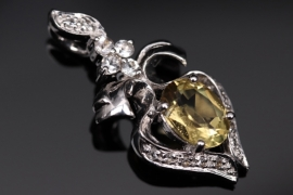 White gold pendant with citrine and zircons