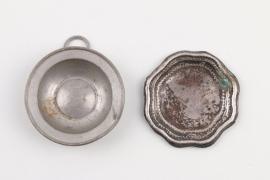 Zwei barocke Puppenteller aus Silber und Zinn, Nürnberg 18.Jh.