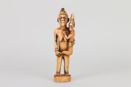 Elfenbeinfigur der Bembe / Yombe, Kongo um 1900