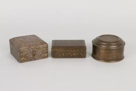 Drei Dosen, syrisch/ägyptisch und indisch um 1900