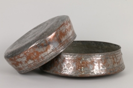 Zwei osmanische Kupferschalen, Türkei um 1800