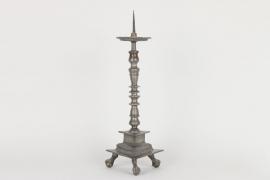 Großer Dornleuchter aus Zinn, deutsch um 1600