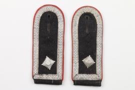 Waffen-SS Artillerie shoulder boards - SS-Scharführer