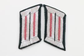 Heer Panzer officer's collar tabs