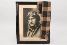 Photo & scarf of a Luftwaffe pilot