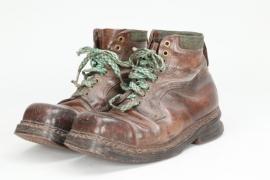 Wehrmacht Skijäger ski boots