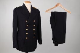 Kriegsmarine uniform grouping for a Bootsmann