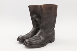 Early Bundeswehr marching boots
