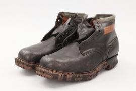 Heer Gebirgsjäger mountain boots - unworn