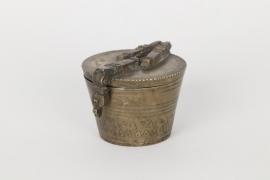 Bechergewicht zu zwei Wiener Pfund, Nürnberg um 1800