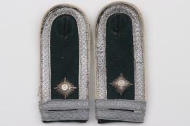 Heer Infanterie shoulder boards - Fahnenjunker-Feldwebel