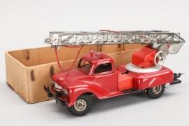 GAMA - Feuerwehrauto mit Drehleiter