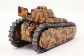 "Unbekannter Tank ""Mimikry"""