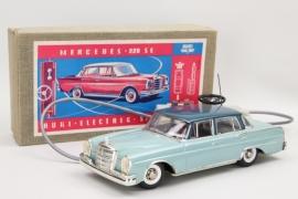 HUKI - Electric 5/15 E Mercedes 220SE