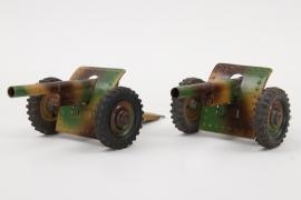 Hausser - Zwei getarnte PAK Geschütze