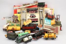 Großes Eisenbahnkonvolut verschiedener Hersteller