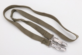 Unknown support or carrying strap