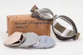 Luftwaffe pilot's flying goggles in case + extra glasses
