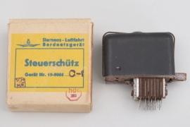 """Luftwaffe """"Steuerschütz"""" in case"""