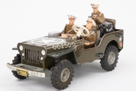 Arnold 2500 US-Army toy Jeep with figures