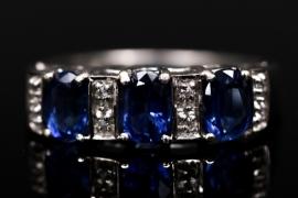 Ring mit royalblauen Kyaniten
