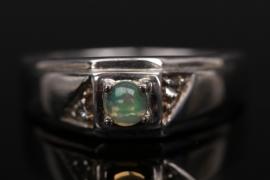Silberring mit indischem Opal