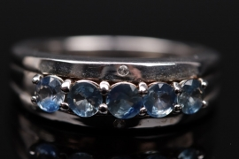 Silberring mit Saphiren aus Tansania