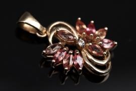 Gold pendant with zircons