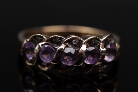 Vintage silver ring with amethyst