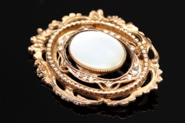 Vintage brooch with mother-of-pearl