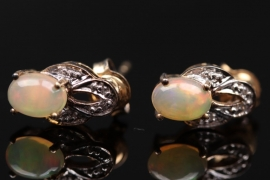 Silver ear studs with Indonesian Opals