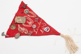 "Imperial Germany - ""Arbeiterbewegung"" pennant with pins"