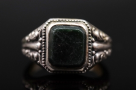 Silver men's ring with moss agate