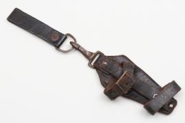 SS vertical dagger hanger