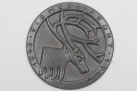 """Wehrmacht """"Eismeerfront"""" cap badge 1943-1944"""