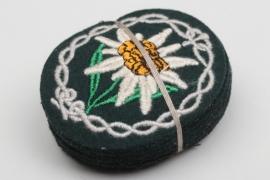 10 + Heer Gebirgsjäger Edelweiss sleeve badges