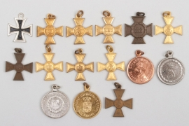 Imperial Germany - lot of award miniatures