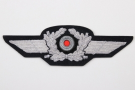 Luftwaffe officer's visor cap wreath - mint