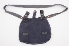 Luftwaffe bread bag + carrying strap - LBA 38