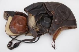 2 x Luftwaffe, 1x privat leather flight helmet