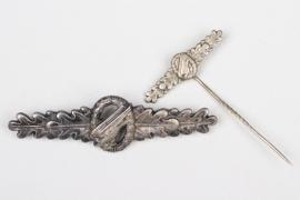 German Bundeswehr Paratrooper Clasp & miniature pin