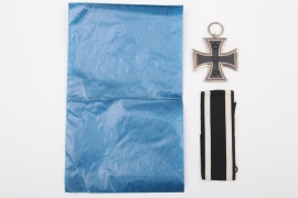 "1914 Iron Cross 2nd Class ""S"" with bag"