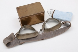 Wehrmacht motorcyclist's goggles in box