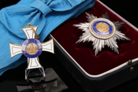 Prussia - Order of the Crown 1st Class with Breast Star in case - W