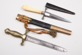 International dagger and trench knife - unknown