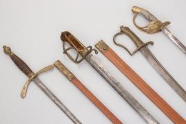 4 x sabres & swords