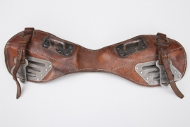 Wehrmacht coupling devise for horse saddle bags