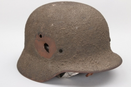 "Heer M35 ""battle-damaged"" sawdust camo helmet - Q64"