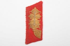 Heer General's single collar tab