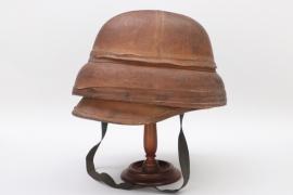 "France - ""Roold"" pilot's helmet around 1910"